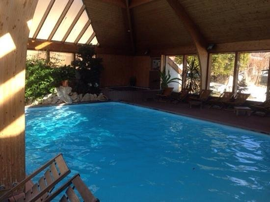 Hotel Restaurant de la Poste: la piscine