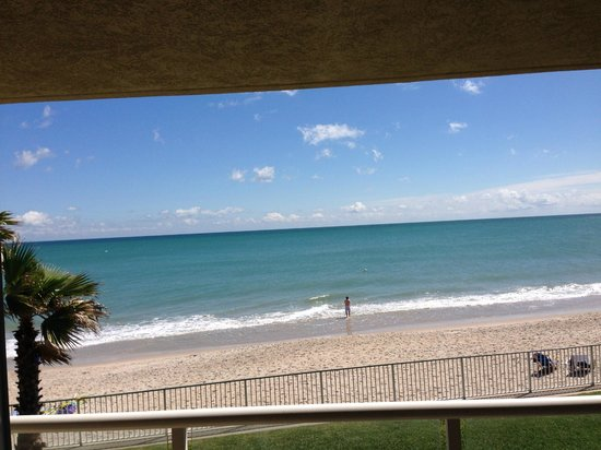 Holiday Inn Hotel & Suites Vero Beach - Oceanside: View from our room #235