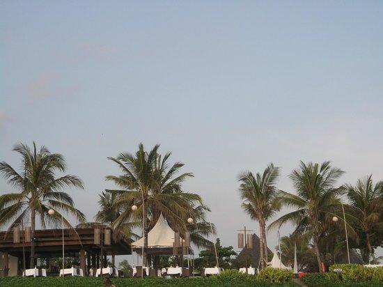 The Samaya Bali Seminyak : Samaya from beach
