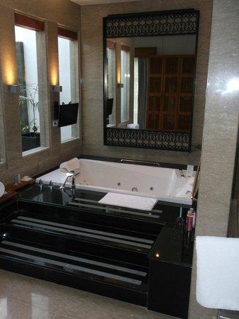 The Samaya Bali Seminyak : Villa jacuzzi