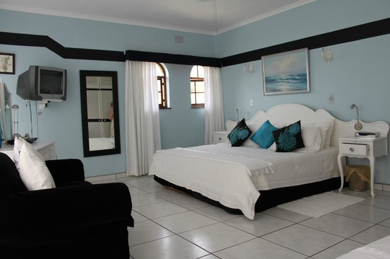 Fairway Guest House Shelly Beach : Luxury Apartment