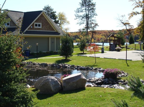 Kavanaugh's Sylvan Lake Resort : The Cottages