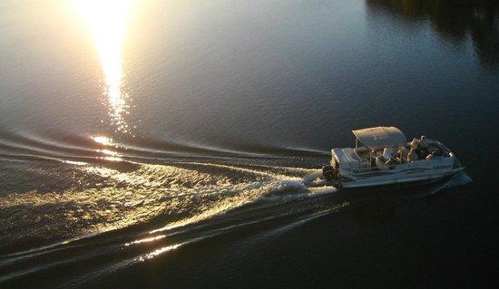 Kavanaugh's Sylvan Lake Resort : Water fun!