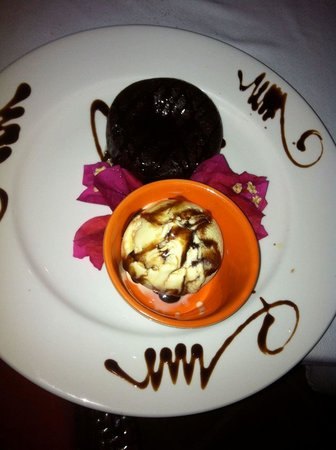 Mambo Restaurant: Chocolate Sufflé! Must order 20 minutes in advance, but well worth it!
