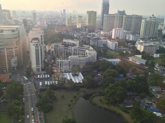 Centara Grand at CentralWorld : View from room