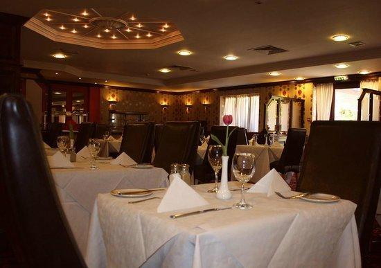 Brook Restaurant: Hotel Restaurant with a la Carte Menu