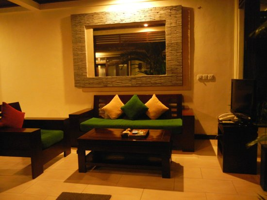 The Bali Dream Villa Seminyak : play we gather chit-chat, watch TV & enjoy our time