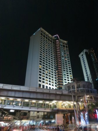 Sheraton Grande Sukhumvit, A Luxury Collection Hotel: ホテルの夜景