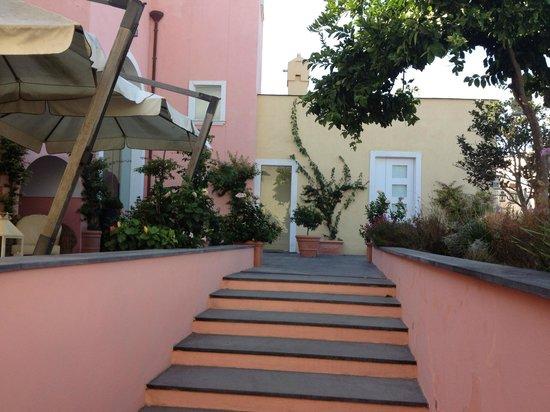 Hotel'a Sciulia : vista giardino