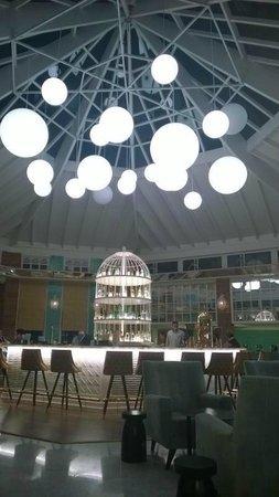 SENTIDO H10 Playa Esmeralda: Hotel Bar