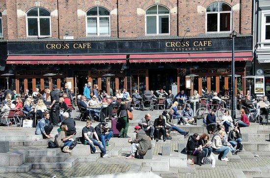 Cross Café & Restaurant : Cross Sommer