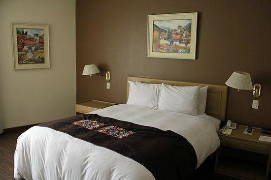 Hotel Jose Antonio Cusco: room
