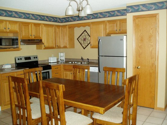 Kavanaugh's Resort: Woods Kitchen