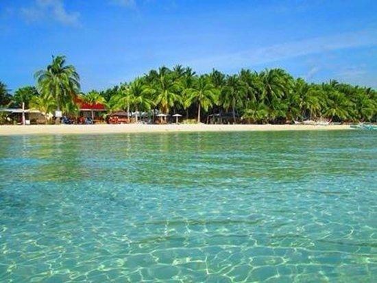 Anika Island Resort : beachfront:)