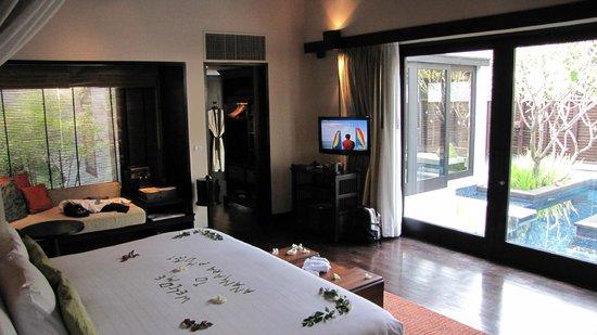 Anantara Mai Khao Phuket Villas : room interior