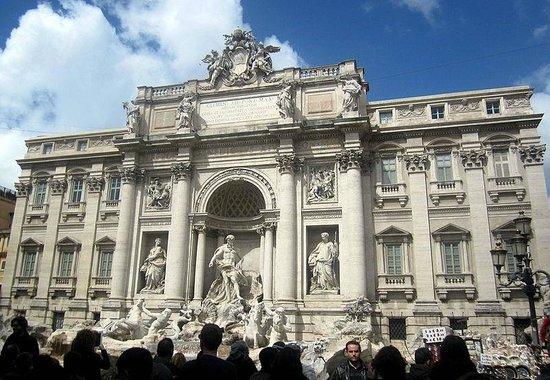 Trevi-Brunnen (Fontana di Trevi): Trevi Fountain-Rome
