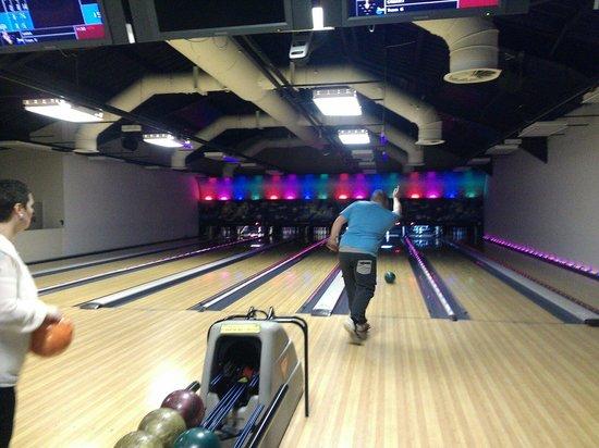 Arena Bowling