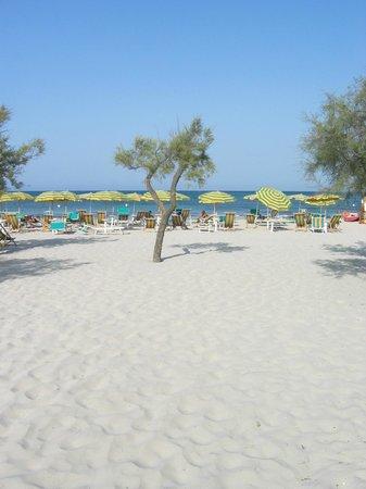 Lido Smeraldo Centro Vacanze: Spiaggia