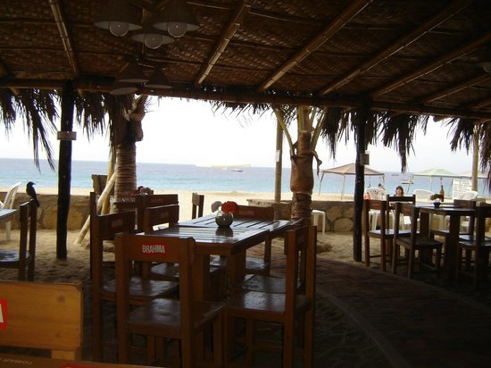 HUA Punta Sal Hotel Restaurante: Vista del mar desde el restaurante