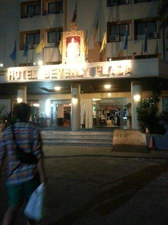 Hotel Beverly Plaza Pattaya: Отель