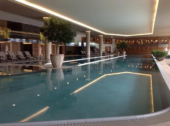 Interalpen-Hotel Tyrol: der riesen Pool