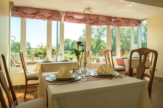 Cambs, Alemania: Restaurant mit Seeblick
