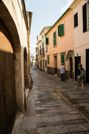 Alcudia Old Town : Streets