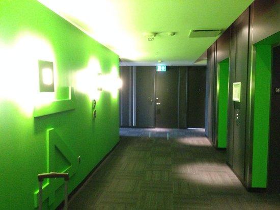 ALT Hotel Halifax Airport: 14th floor hallway. Fun colors everywhere.