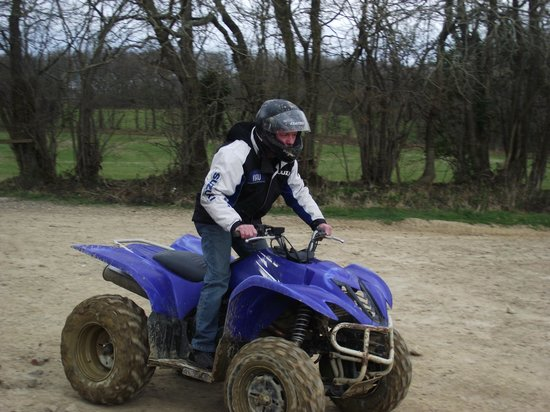 Southern Pursuits : quad bike