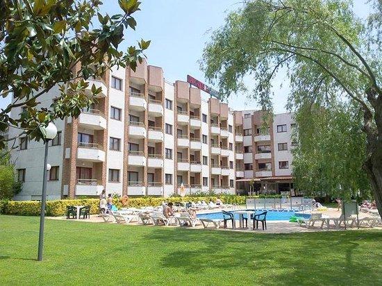 Aparthotel Las Mariposas - Front view1