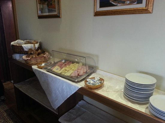 Hotel Stella : Variety of meats and cheeses - breakfast