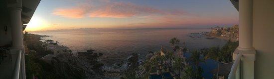 Welk Resorts Sirena Del Mar: Sunrise from the Balconony of 1503P