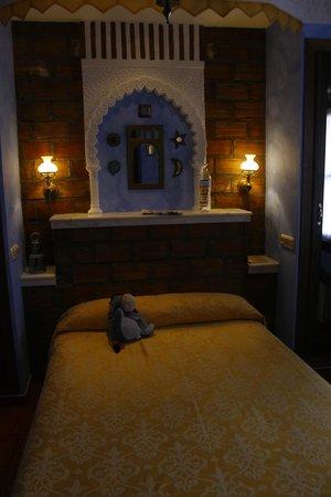 Hotel San Gabriel: Our dream-themed room
