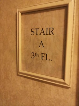"Hotel Belleclaire: try to say ""3th"" LOL   too funny :-D"