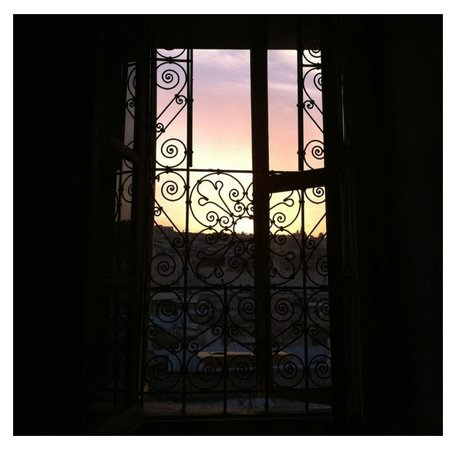 Dar Sienna: A Perfect Sunset View.