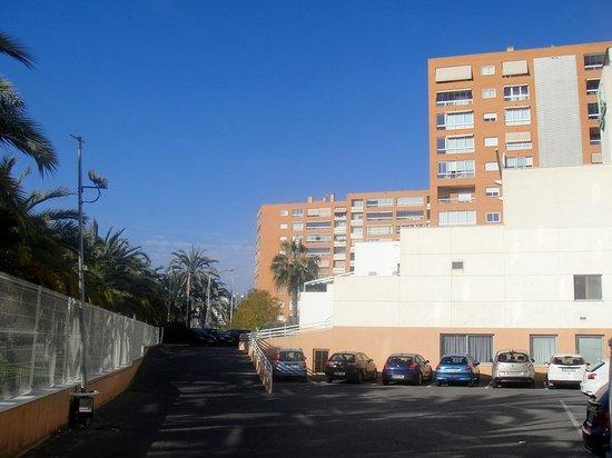 Campanile Alicante: Parking