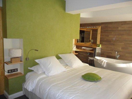 Hostellerie La Cheneaudiere - Relais & Chateaux: la chambre