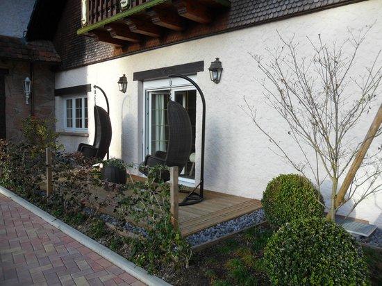 Hostellerie La Cheneaudiere - Relais & Chateaux: la terrasse privative de la suite