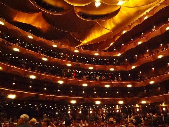 The Metropolitan Opera: sala