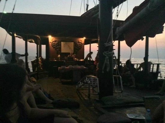 Krabi Sunset Cruises : On the Boat