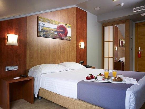 Hotel Palacio Valdes: Habitación