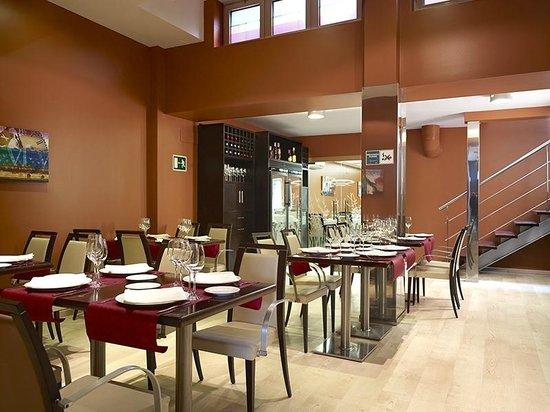 Hotel Palacio Valdes: Comedor