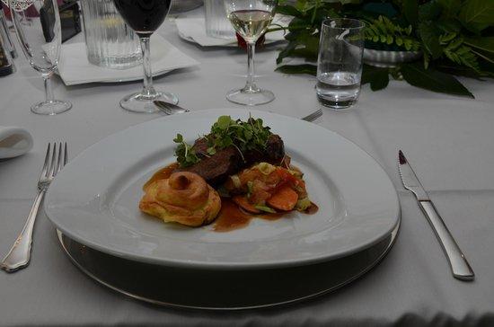 Hovedret - Billede af Restaurant Kongemosen, Ballerup - TripAdvisor