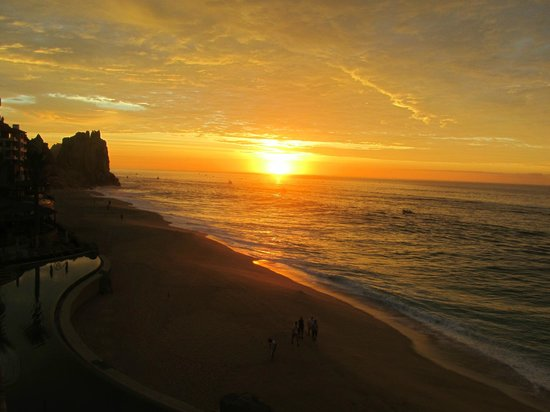 Grand Solmar Land's End Resort & Spa: The best sunrises!