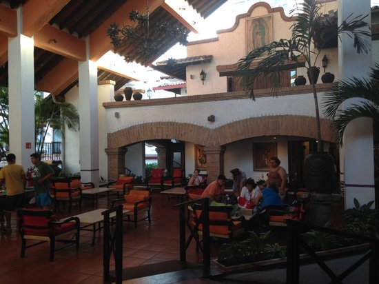 Hacienda Buenaventura Hotel & Mexican Charm All Inclusive: Beautiful lobby