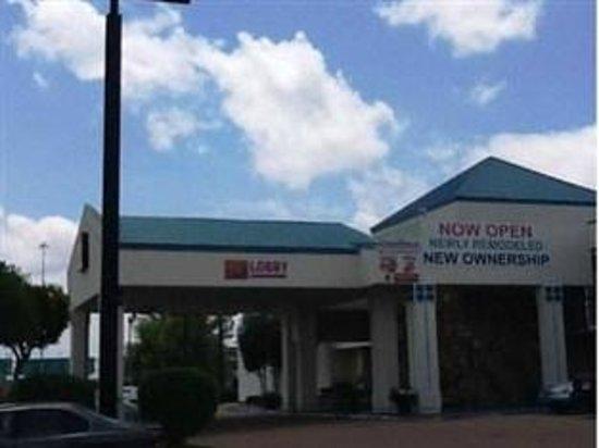 Select 10 Motel: Newly Remodeled