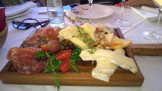 Rampila: cheese plater