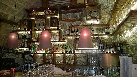 Rampila: wine bar