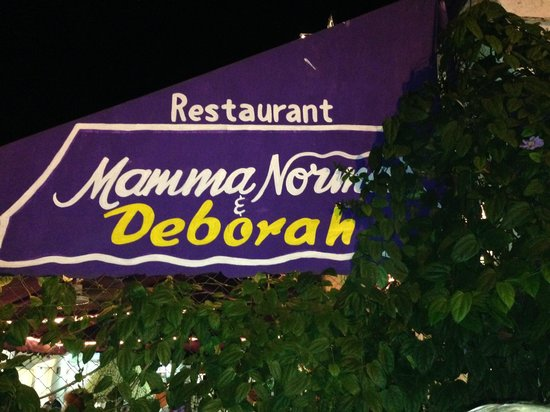 Deborah's Restaurant: Look for the purple awning