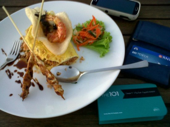 The ONE Legian: resto
